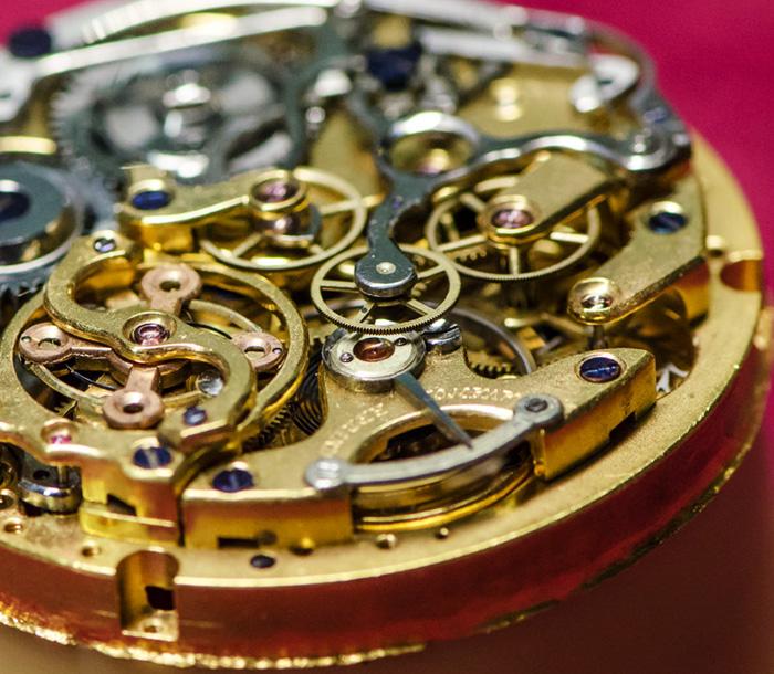 Nachher: Restauration einer alten Taschenuhr in der Uhrmacherwerkstatt Pfeffel